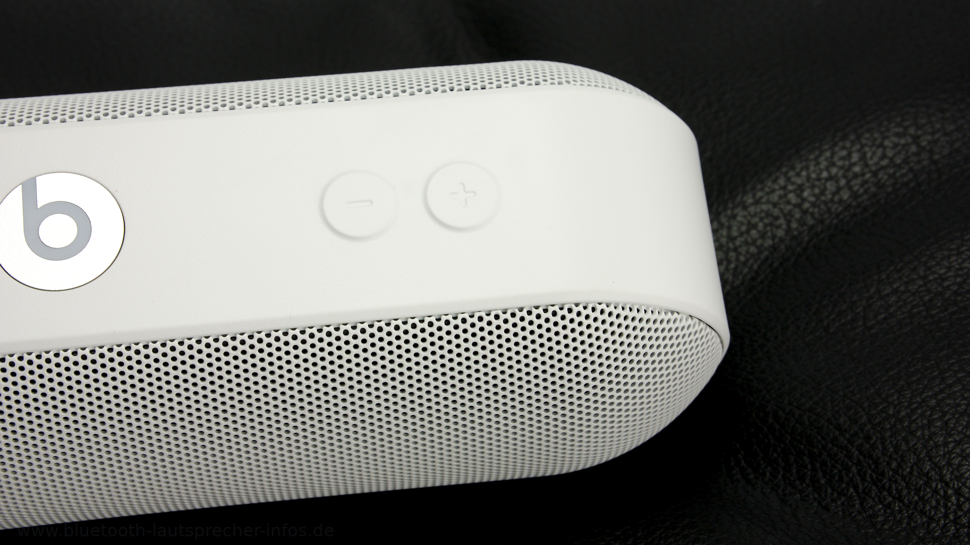 Beats Pill Plus 6